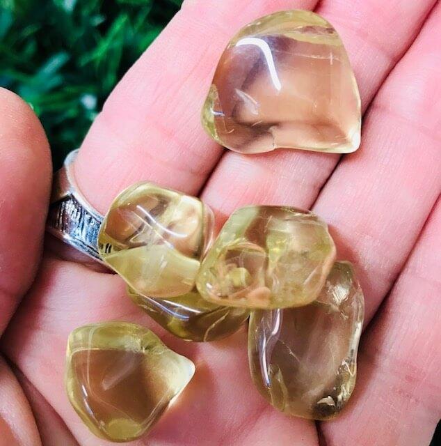 Golden Labradorite 4.5-7 grams