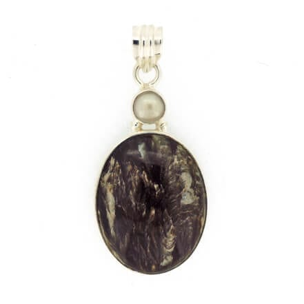 Black-Seraphinite-and-Pearl-Pendant-7.8-grams-7428