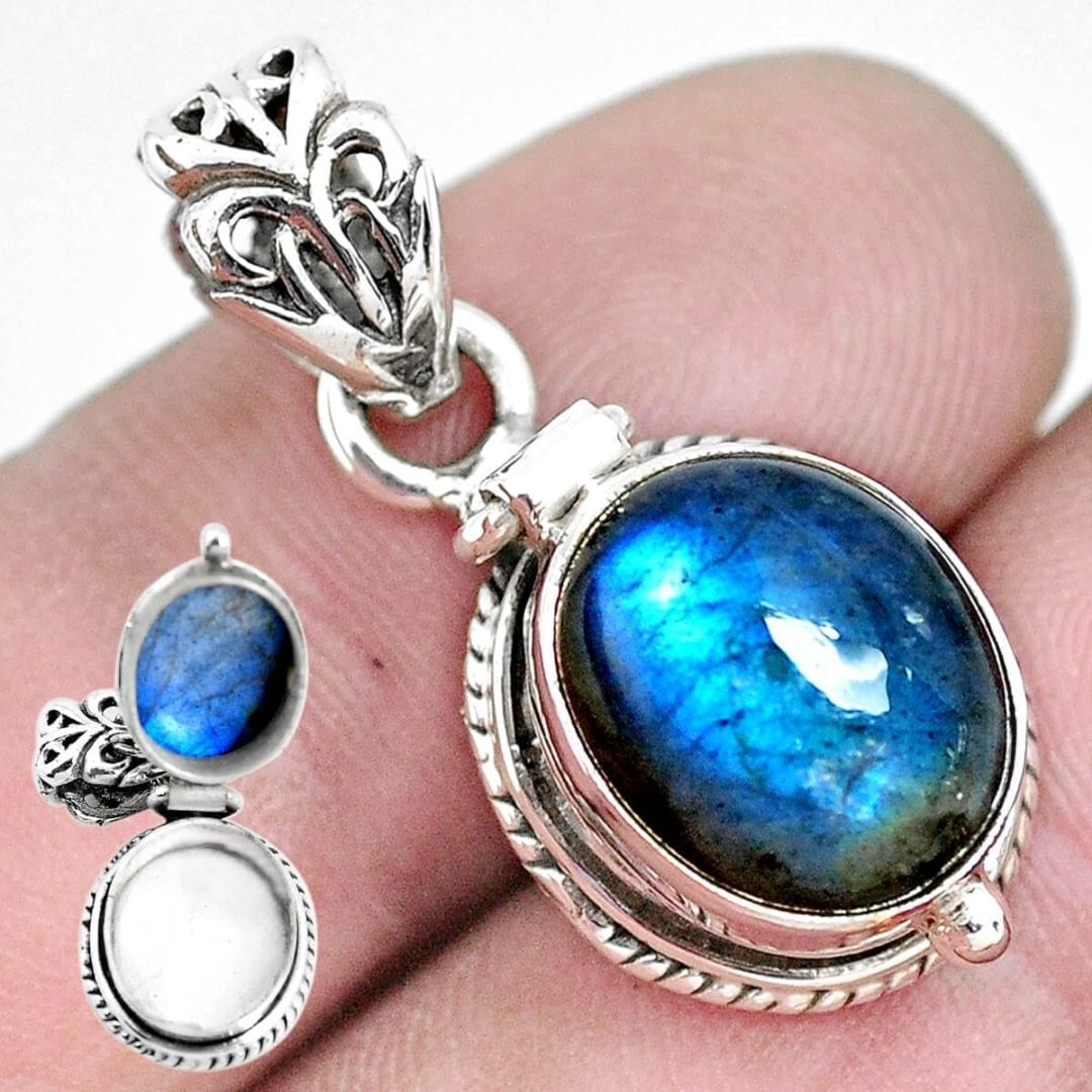 Sterling Silver Labradorite Secret Message Locket - 5.2 grams